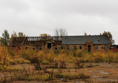 Valmierā, Rūpniecības iela 1. Ēku demontāža un teritorijas sakārtošana
